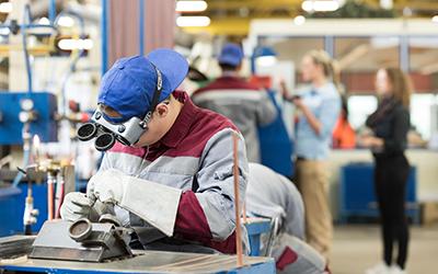 thyssenkrupp Steel: 128 Auszubildende bestehen Abschlussprüfung
