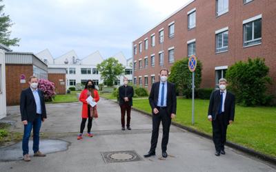 Oberbürgermeister Dr. Stephan Keller besucht das Max-Planck-Institut für Eisenforschung